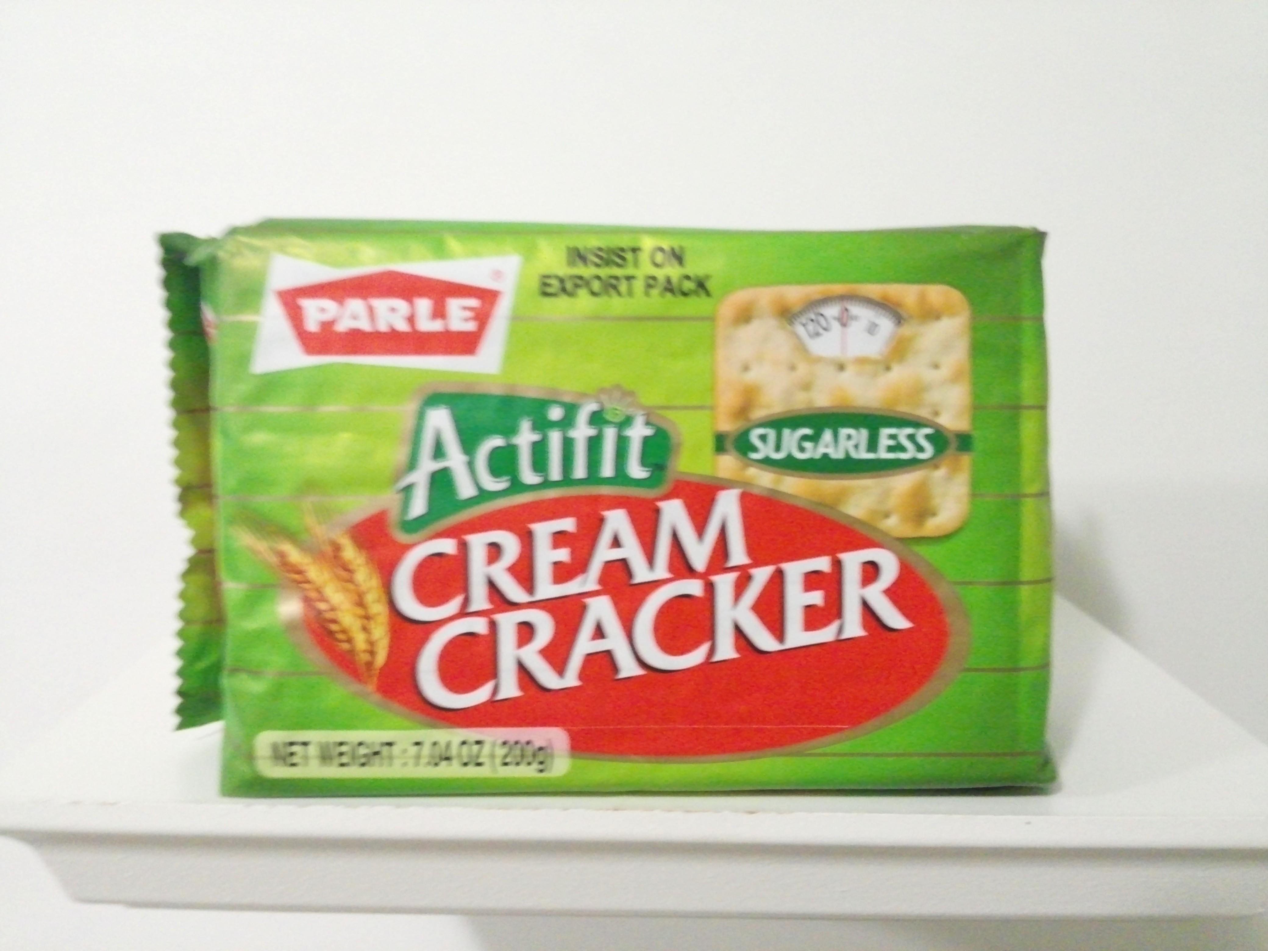 Parle Sugerless Cream Cracker 7.04 oz