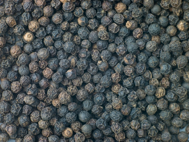 Whole Black Pepper 3.5 oz